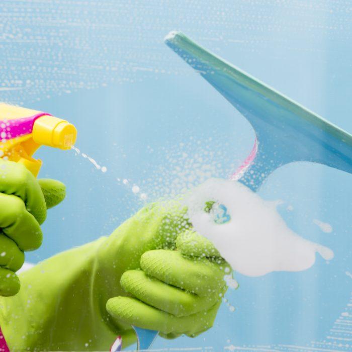 Tous nos conseils pour un bon nettoyage de votre pergola bioclimatique